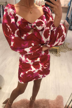 BERRY TIE FRONT PUFF SLEEVE MINI DRESS