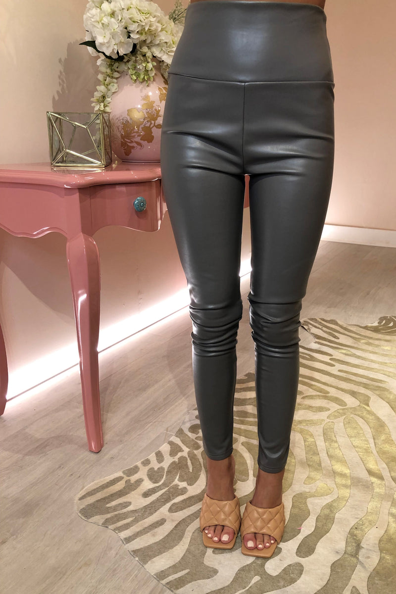 LIGHT GREY FAUX LEATHER LEGGING