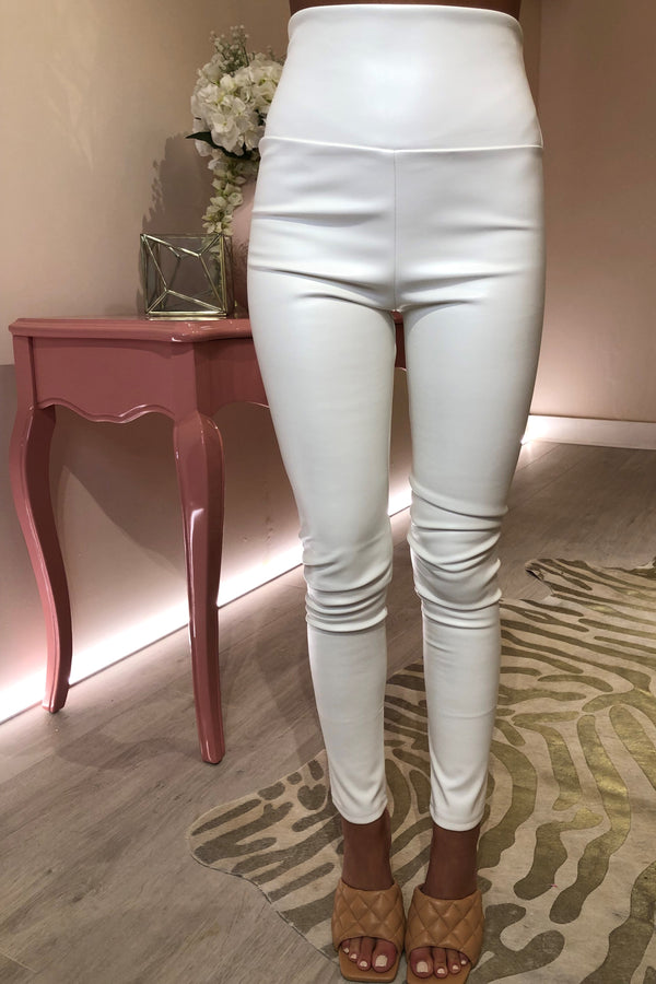 WHITE FAUX LEATHER LEGGING