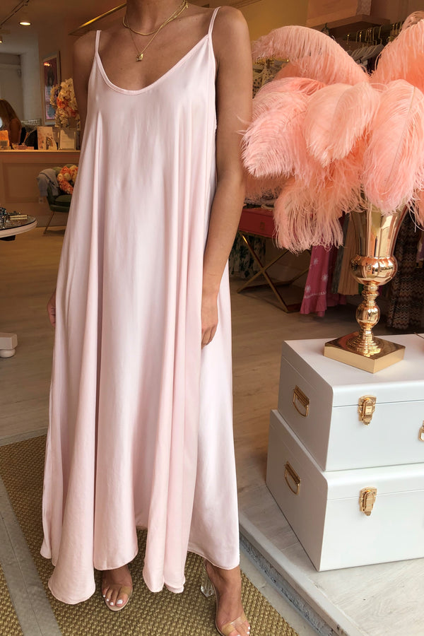 CHIARA LIGHT BLUSH MAXI DRESS