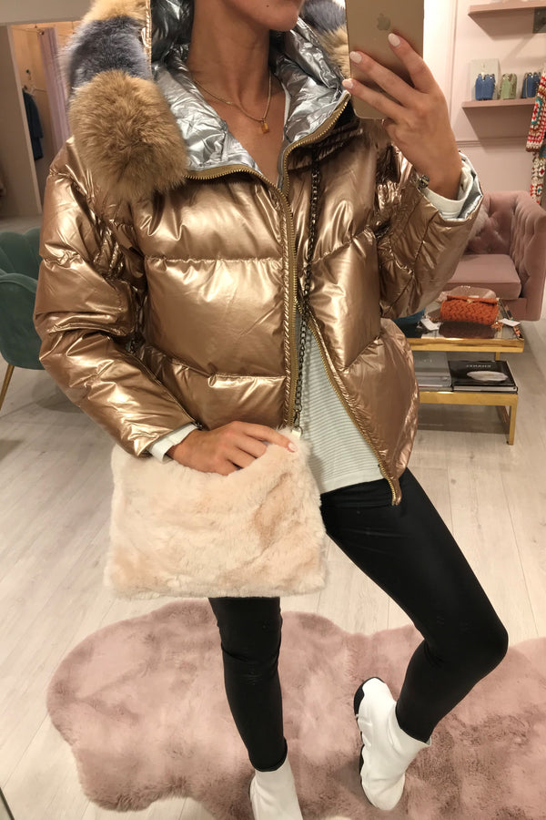 SHINY GOLD PUFFER COAT WITH FUR TRIM