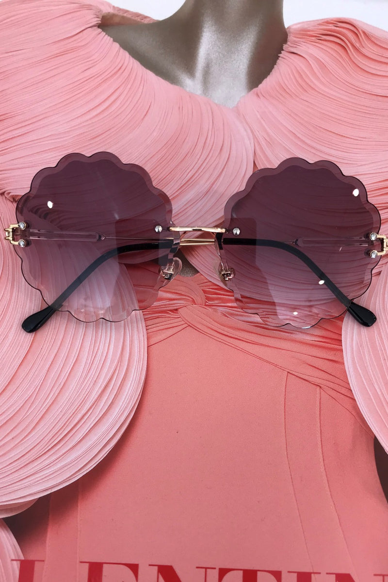 image 1 of NIKA FLOWER SUNGLASSES BLACK