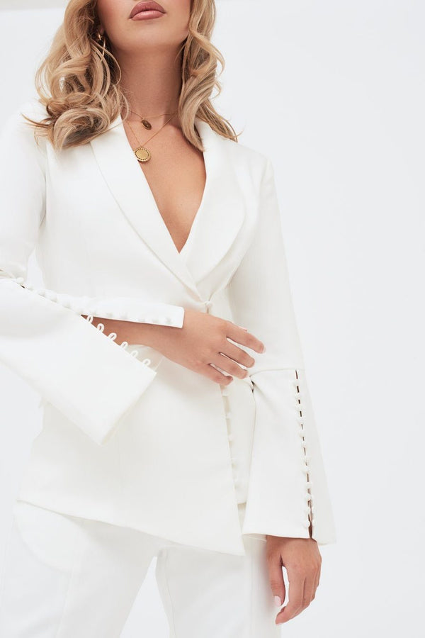 LAVISH ALICE WHITE BUTTON BLAZER