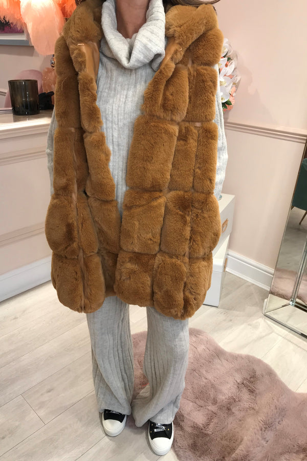 CAMEL FAUX FUR WAISTCOAT WITH HOOD