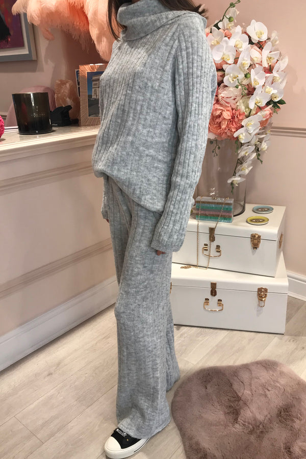 LIGHT GREY KNITTED MATCHING SET