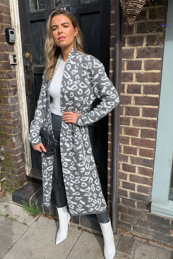 GREY/WHITE LEOPARD KNITTED MAXI CARDI