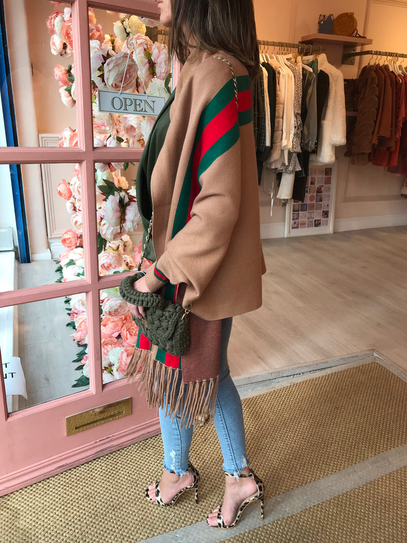 CAMEL CAPE WITH GREEN/RED STRIPE