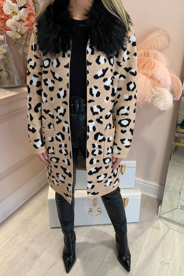 BEIGE LEOPARD KNITTED CARDI WITH FAUX FUR COLLAR