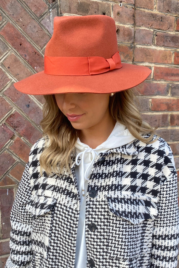 BURNT ORANGE FEDORA HAT