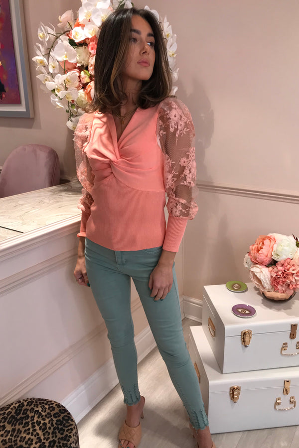 LOLA CORAL KNOT FRONT TOP