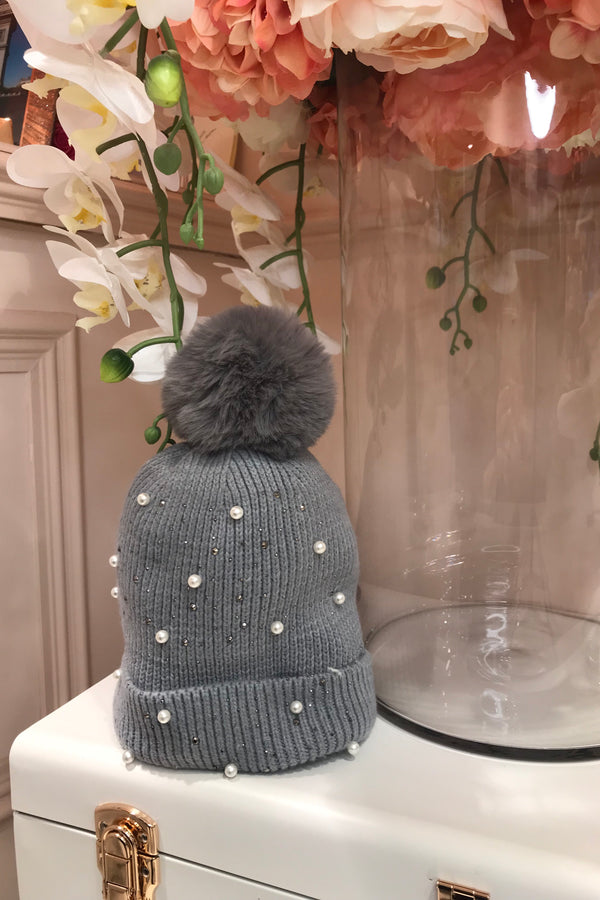 GREY EMBELLISHED BOBBLE HAT