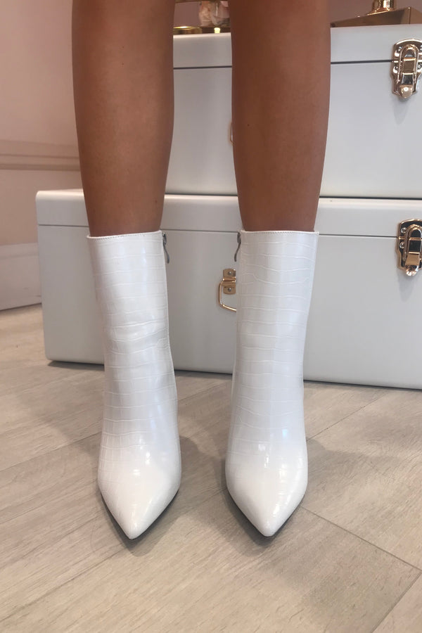 WHITE SNAKE FAUX LEATHER BOOTS