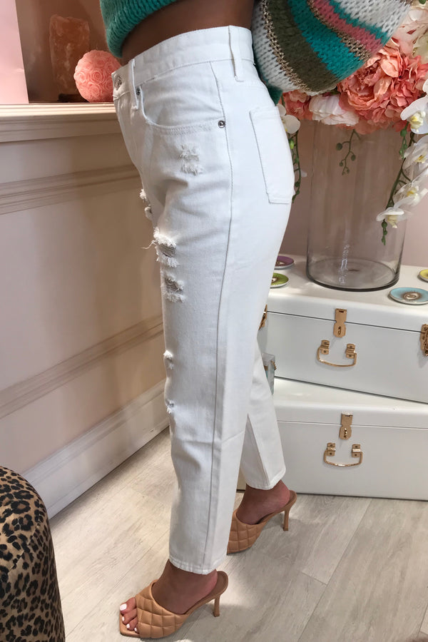 CREAM DISTRESSED MOM STYLE JEANS