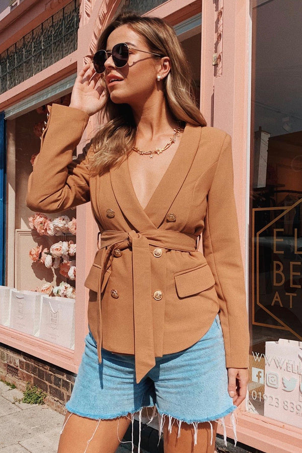 BROWN BLAZER WITH BELT DETAIL