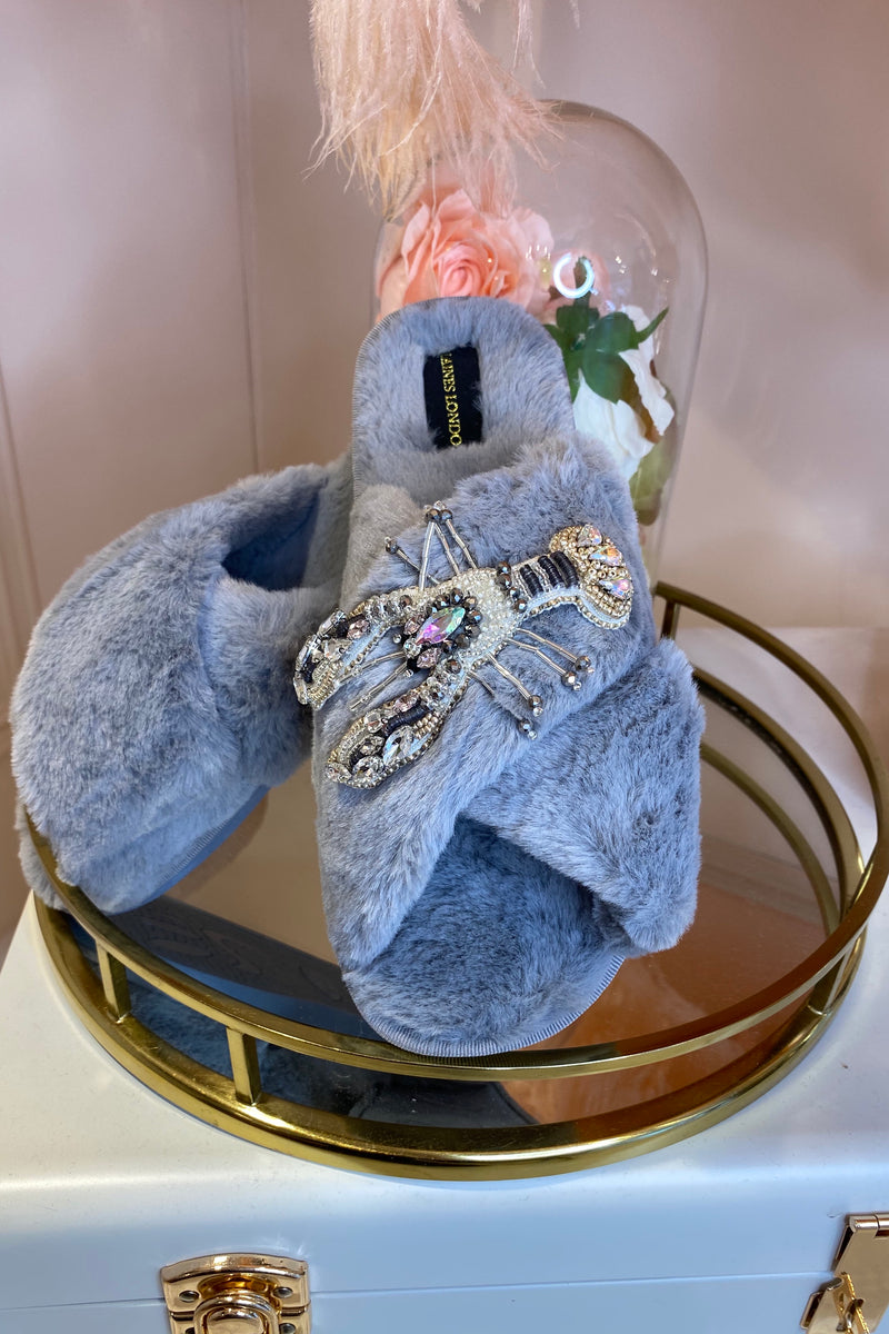 GREY FLUFFY SLIPPERS WITH LOBSTER BROCH
