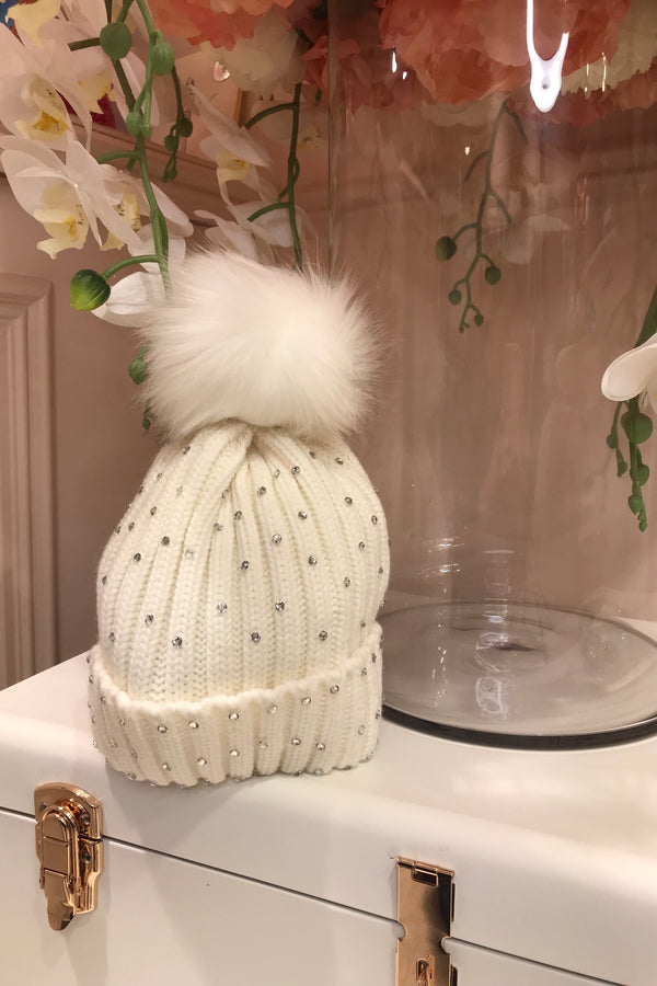 WHITE DIAMANTE EMBELLISHED BOBBLE HAT