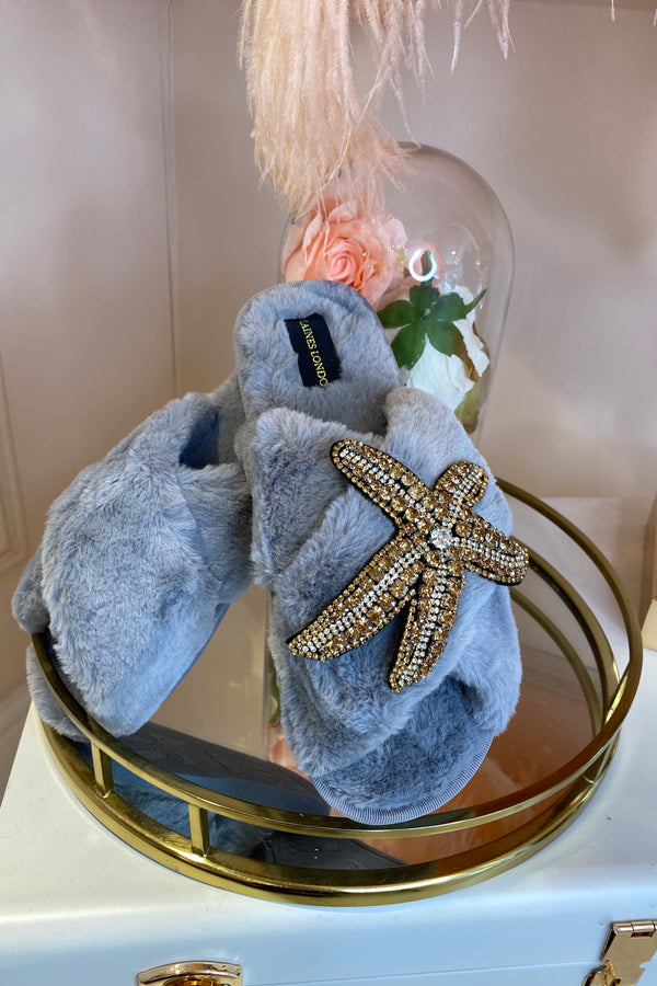 GREY FLUFFY SLIPPERS WITH STARFISH BROCH