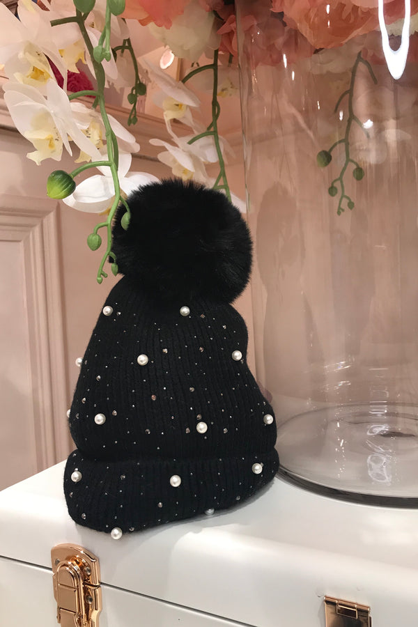 BLACK EMBELLISHED BOBBLE HAT
