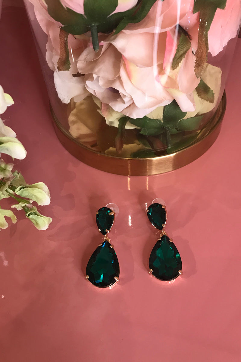 EMERALD GREEN SMALL DROP EARRINGS