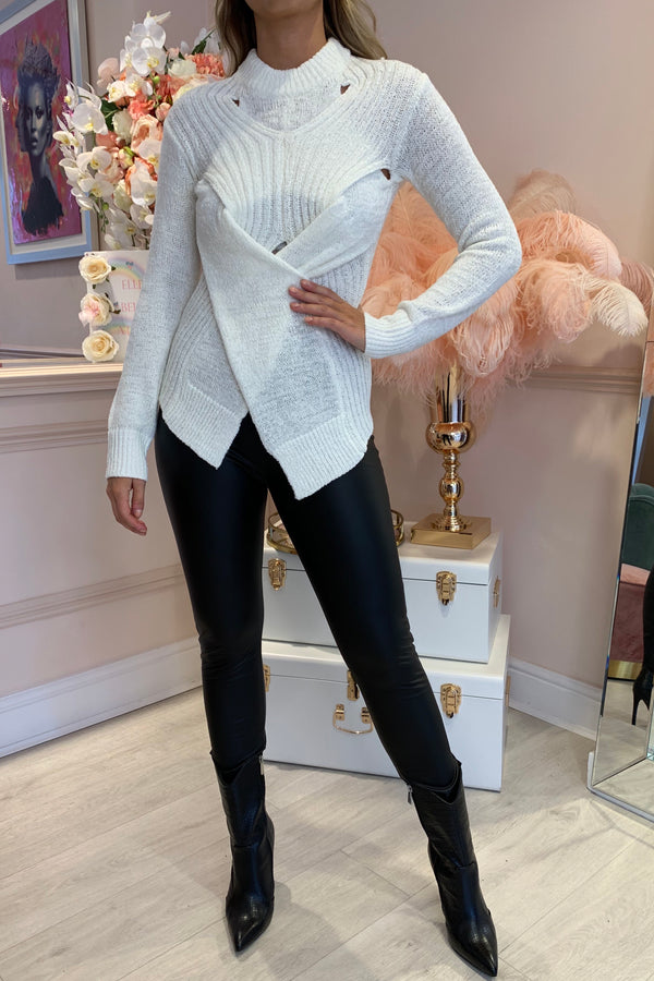 CREAM KNITTED CRISS CROSS FRONT JUMPER