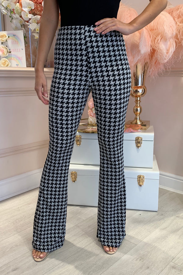 BLACK/WHITE DOG TOOTH FLARED TROUSERS