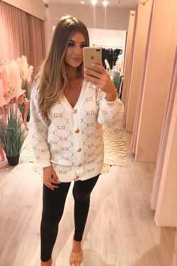 GG WHITE OVER SIZED CARDIGAN