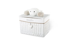 Margo the lamb lid basket
