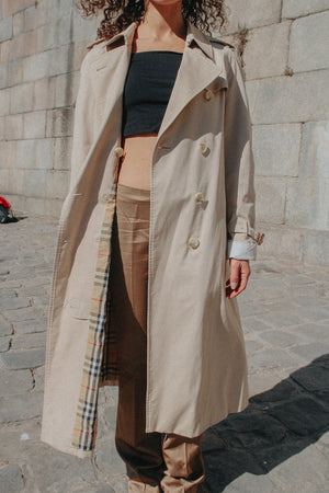 PARIS - Burberry Trench