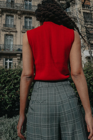 PARIS - Sleeveless Chimney Top