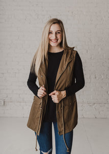 Love Yourself Anorak Vest - Olive