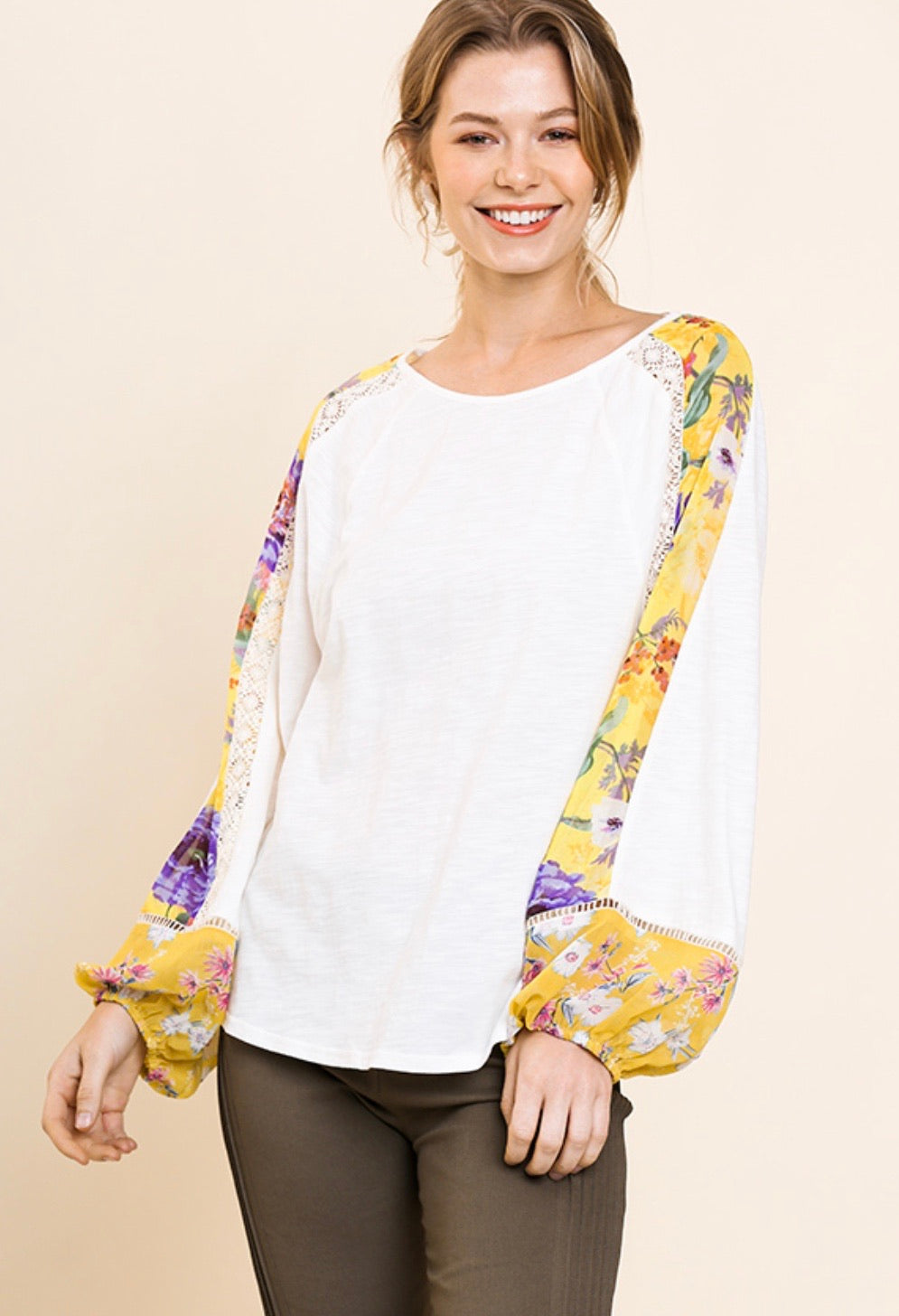 Weekend Getaway Floral Sleeve Top