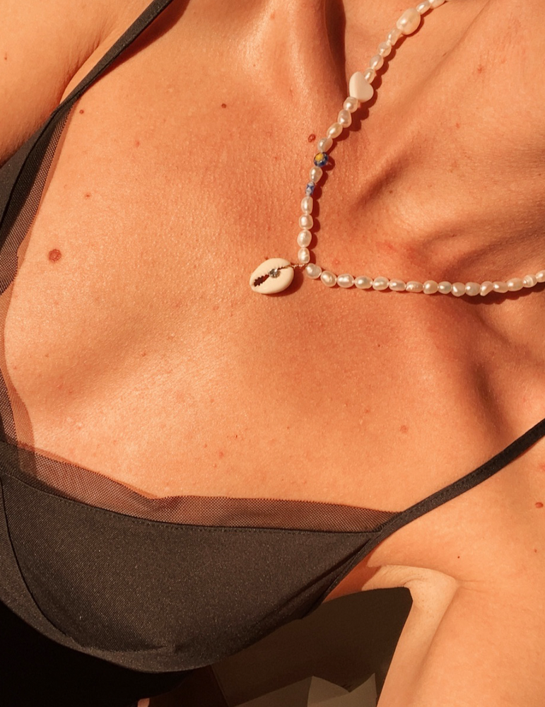 Shell pendant necklace, summer 2020 fashion trend with freshwater pearls