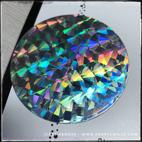 Details of the holographic cardstock - as the light hits it, you can see the awesome pattern that creates a rainbow.