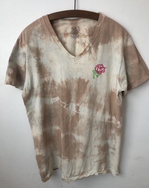 Rose Embroidery V neck T