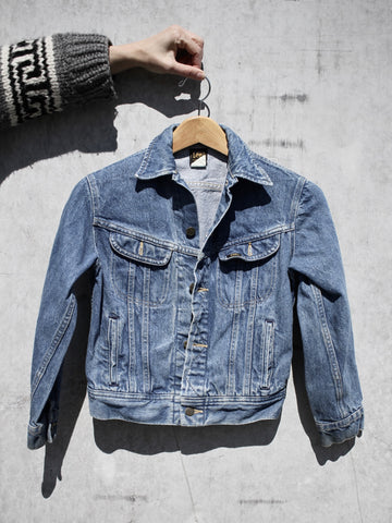 Denim Jacket - Lee black label, lt. medium wash