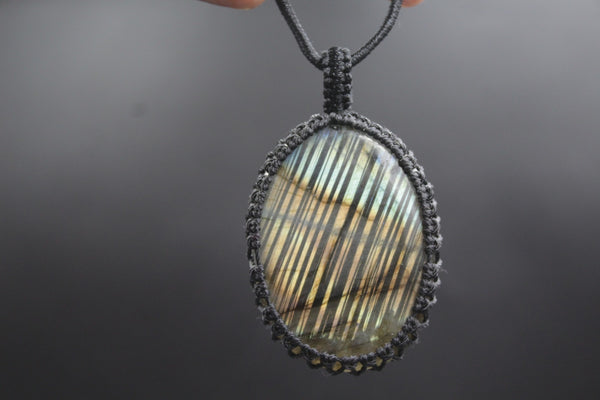 Macrame Pendent with Labradorite stone | Nature Jewelry | Free Size