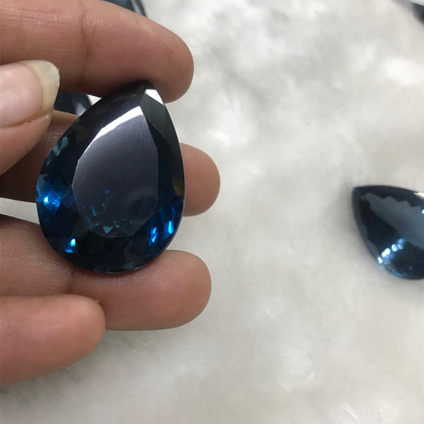 London Blue Topaz big sizes| Average size 32X26 Mm