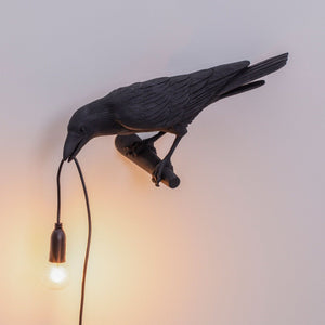 black-bird-lamp-looking-seletti