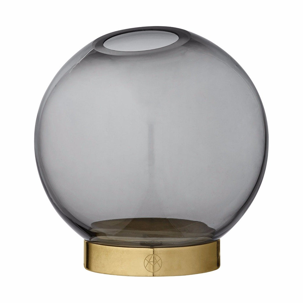 Globe Vase Mini, Black by Aytm