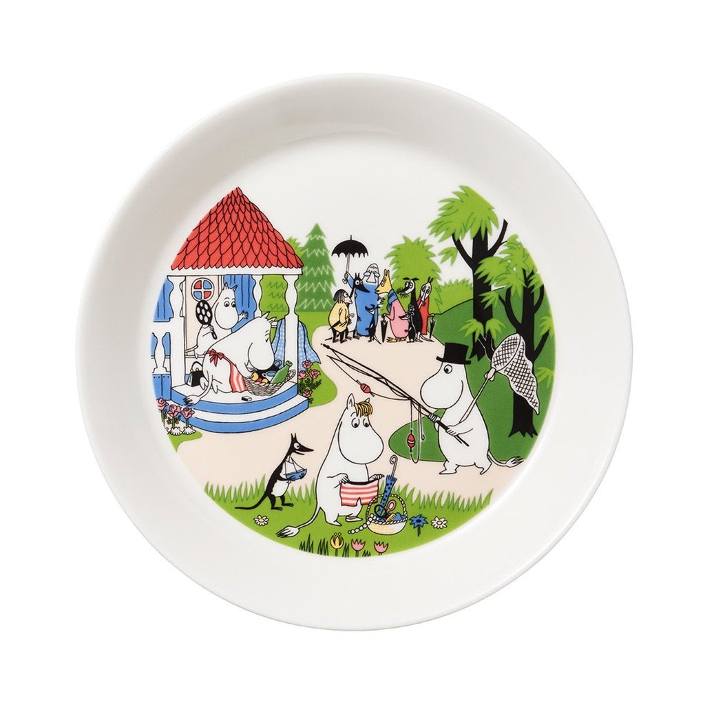 going-on-vacation-plate-moomin