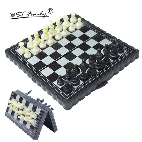 Mini Portable Chess Set w/ Folding - Products To Build a Better Brain