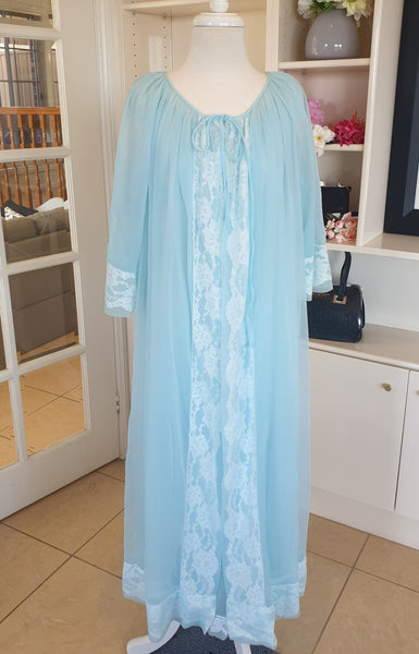 True Vintage 1960's Blue Peignoir Set