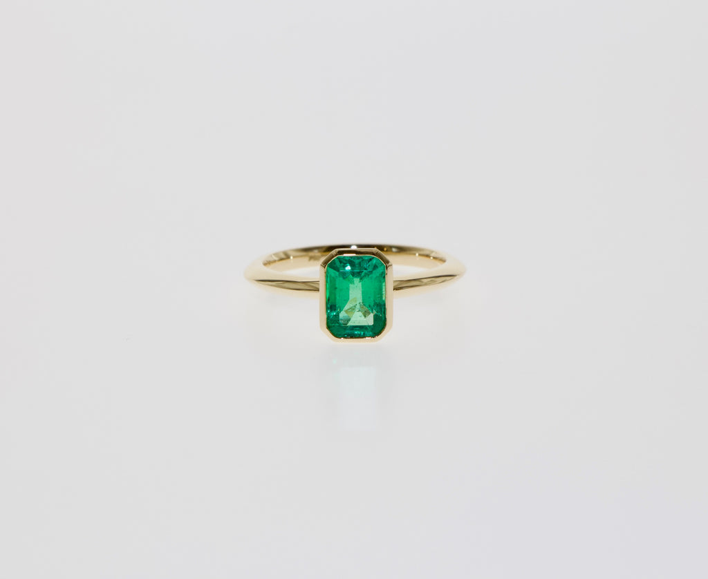 Tamahra Prowse design commission jewellery emerald ring