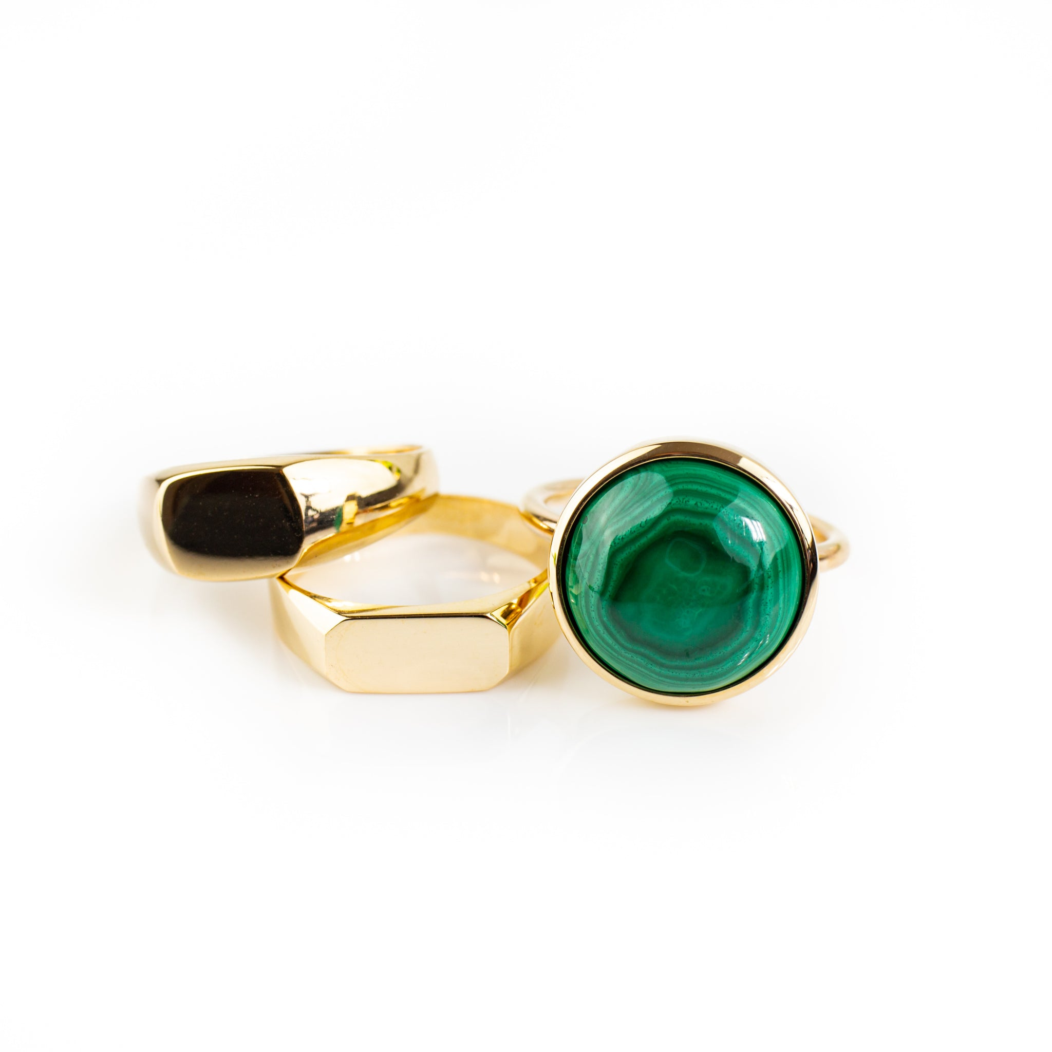 Malachite ring in gold by Tamahra Prowse. Bespoke handcrafted jewellery. Made in Australia