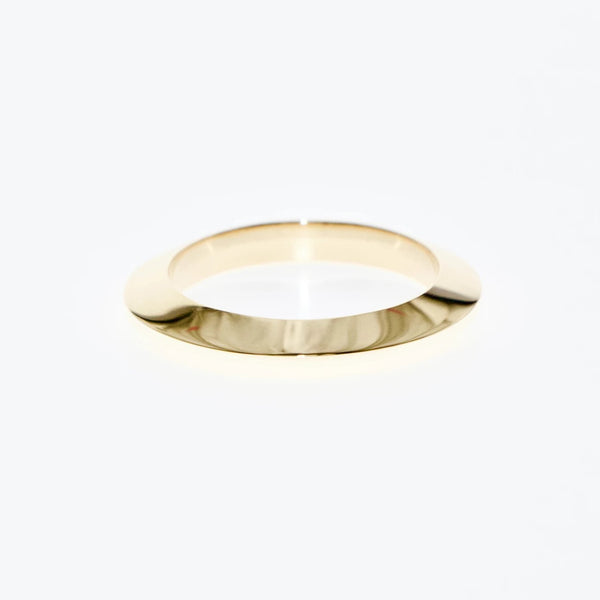 Tamahra Prowse jewellery design gold triangle ring. Simple geometry series.