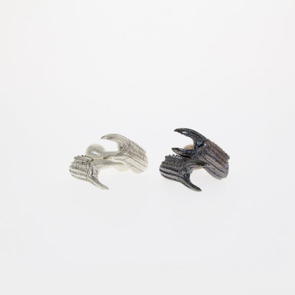 Tamahra Prowse jewellery design. Sterling silver crab claw cufflinks.