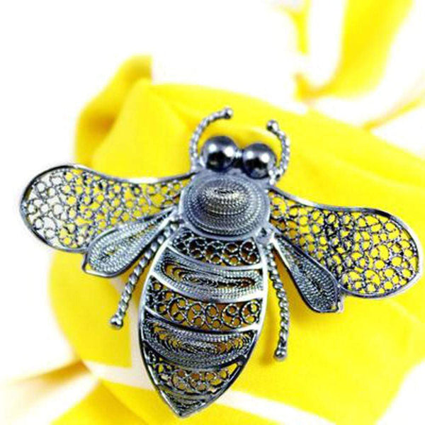 Agora Jewellery London Brooch Filigree Bee Brooch - Oxidize Filigree Bee Brooch