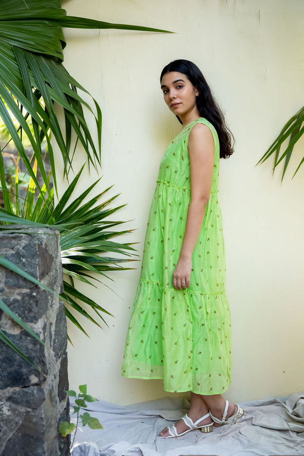 Green Bee Sleeveless Midi Dress