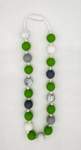 Childrens green necklace
