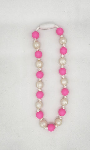 Pink and pearl children's necklace